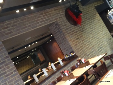 BRGR.CO Soho - Dining area is split into two