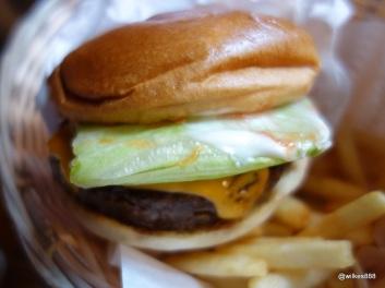 Tommi's Burger Joint - With lettuce