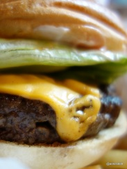 Tommi's Burger Joint - Burger with Cheese
