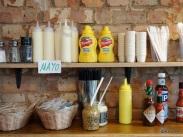 Tommi's Burger Joint - Condiment rack