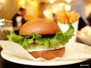 Grillshack - Cheese Burger with oversized lettuce