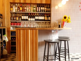Rosa's Carnaby - Mini bar with three stools