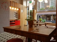Rosa's Carnaby - One large table of seven in the window, most tables are twos and fours