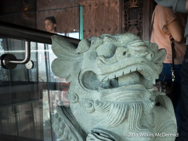 Hutong - Welcoming dragons