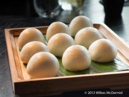 Hutong - Steamed egg custard buns