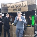 Rola Wala and satisfied customer #1