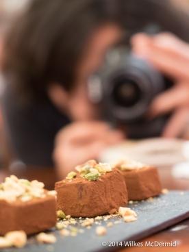 Ladrillo De Chocolate (Dark Chocolate and white chocolate truffle mousse)